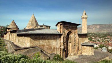 صورة تعرّف على جامع ديفرجي الكبير … أول معلم أثري في تركيا أُدرج بقائمة التراث العالمي لليونسكو
