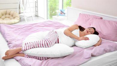صورة ما هي وضعية النوم الأفضل خلال فترة الحمل الأولى .. أطباء يحذرون من هذه الوضعية!