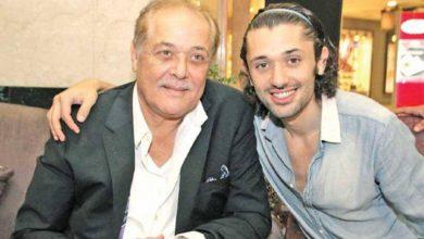 صورة شاهدته بعد وفاته .. كريم محمود عبد العزيز يروي معاناة والده الراحل