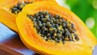 صورة قد تمتنع عن رميها بعد اليوم .. تعرف إلى أبرز الفوائد الصحية لبعض بذور الفواكه