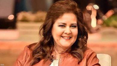 صورة تطور جديد بحالة دلال عبد العزيز الصحية ونصائح طبية بزرع رئة لها ومصدر يكشف سبب نقلها إلى مشفى حكومي