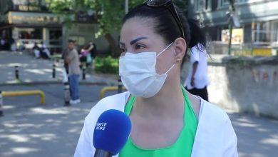 """صورة """"فيديو"""" .. لاجئة سورية في تركيا تتفاخر بتأييدها للأسد أمام الكاميرا ولكن الجميل هو الرد الناري عليها من قبل المذيع"""