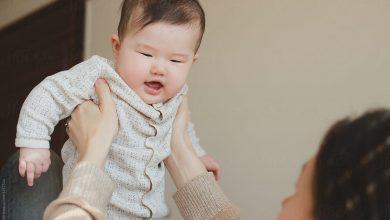 صورة 6 طرق تجعلكِ أقرب من طفلك وتدفعه للتعلٌق بكِ أكثر .. تعرٌفي عليها