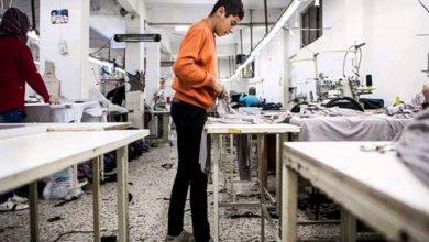 صورة المصانع متوقفة وبانتظار عودة العامل السوري من إجازة العيد .. استطلاع رأي يكشف عن مدى أهمية العمالة السوريٌة في تركيا !